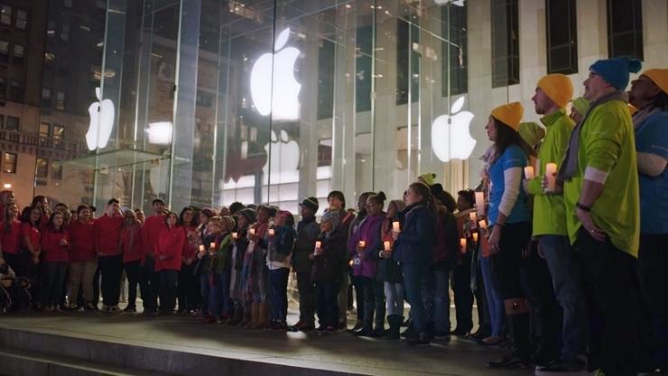 487350-microsoft-apple-christmas-carol