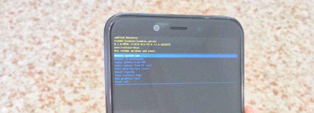 Xiaomi Mi A2 se ha bloqueado y no enciende