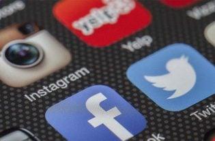 controlar quien puede ver tus publicaciones instagram facebook twitter snapchat