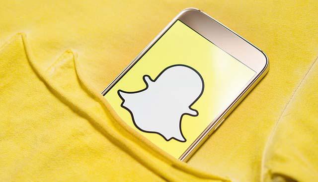 snapchat plataforma juegos abril