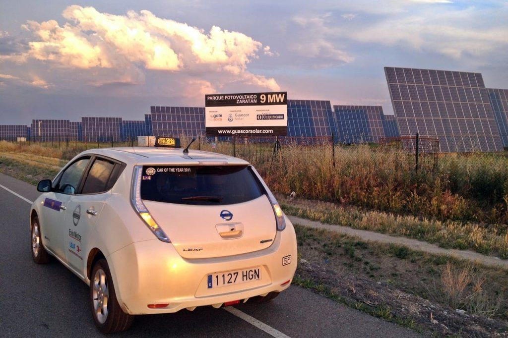 Taxis eléctricos con carga inalámbrica en Noruega