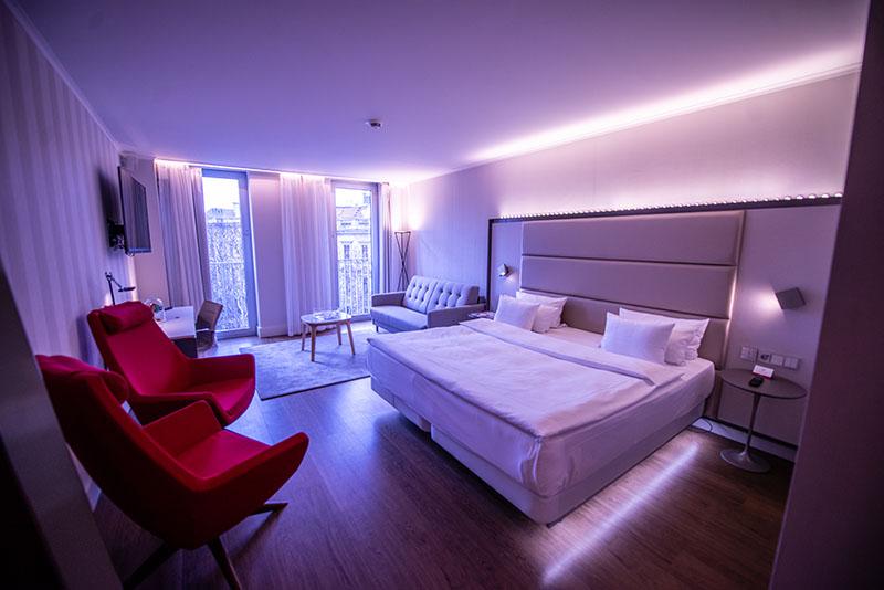 NH Hotel Mood Room rosA