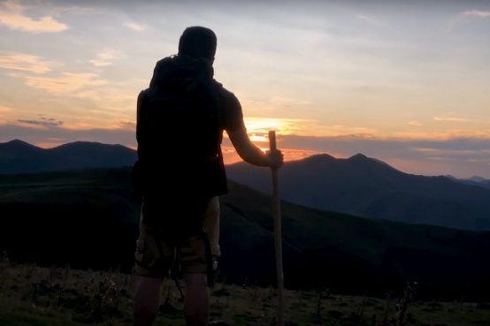 imagen del cortometraje por el camino de apple España