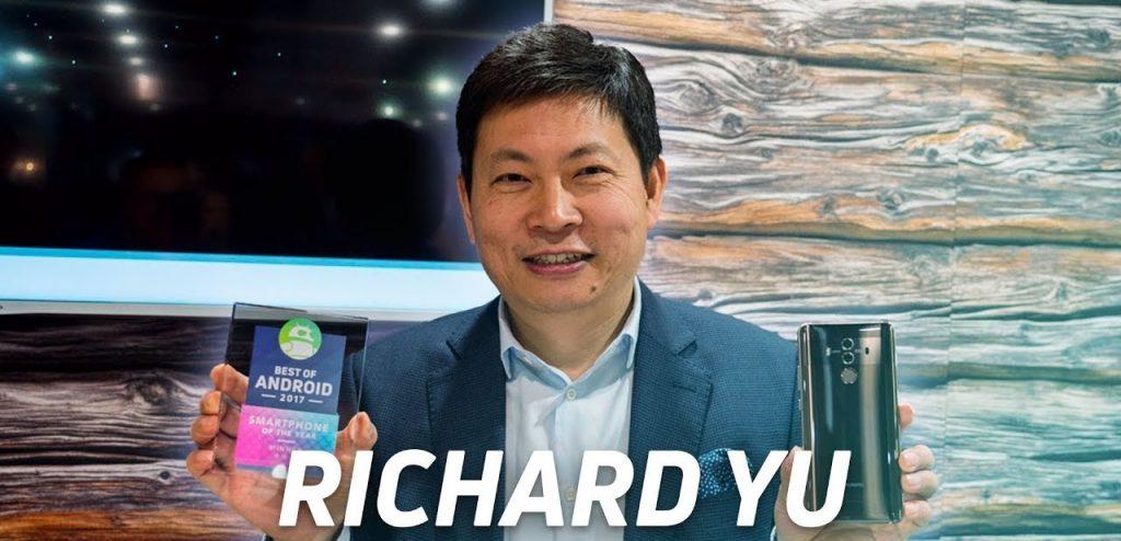 Director Ejecutivo Richard Yu