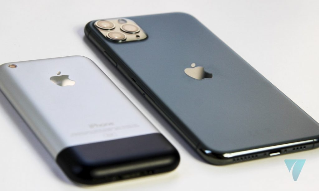 iPhone 11 Pro Max iPhone 2G trasera