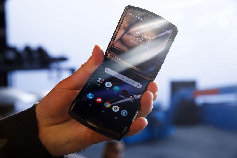 Modelo con el cual se ha hecho la oferta del Motorola Razr de dos por uno.