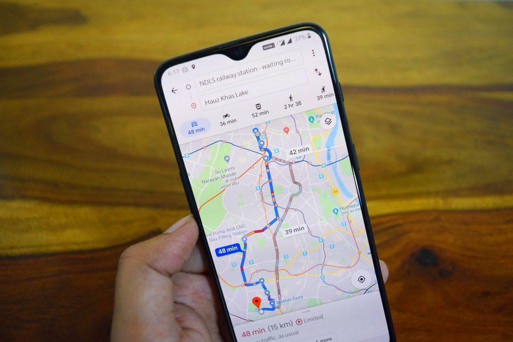 google-maps-cambio-voz