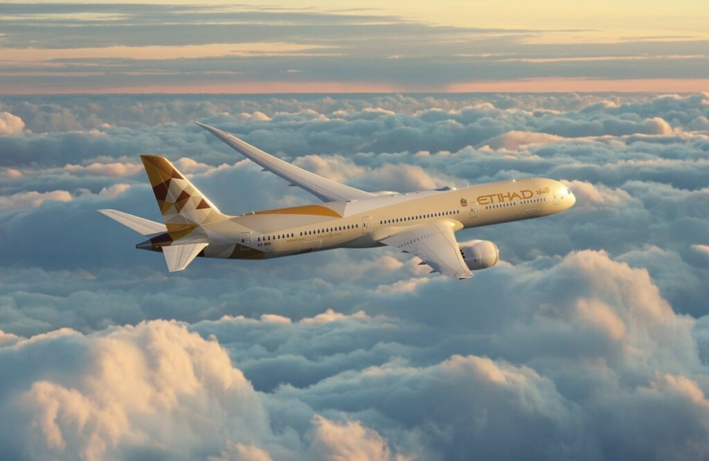 Algunos aviones están liberando humo tóxico.