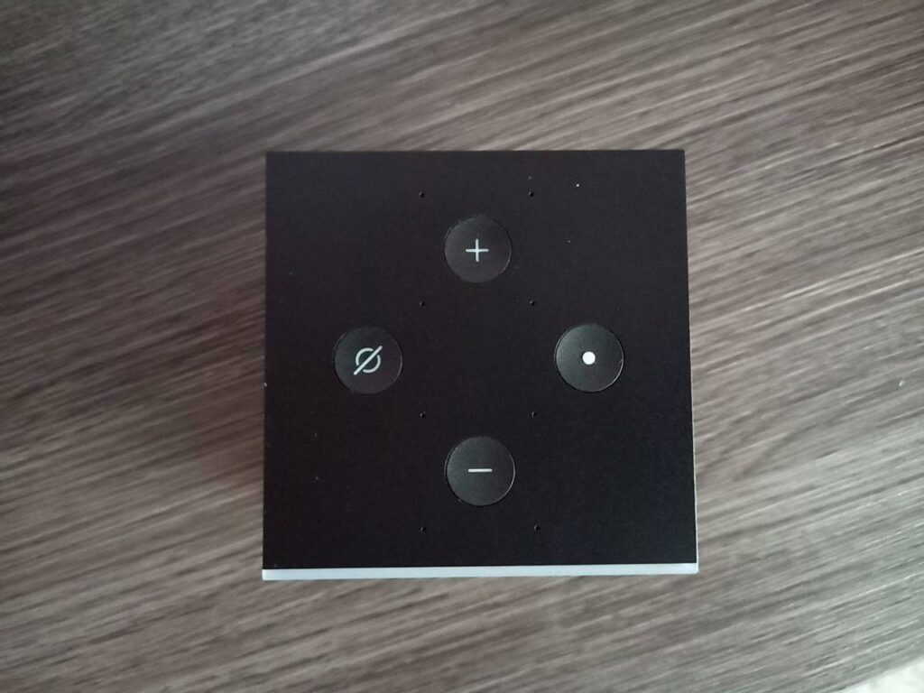 Chromecast 4 Fire Cube