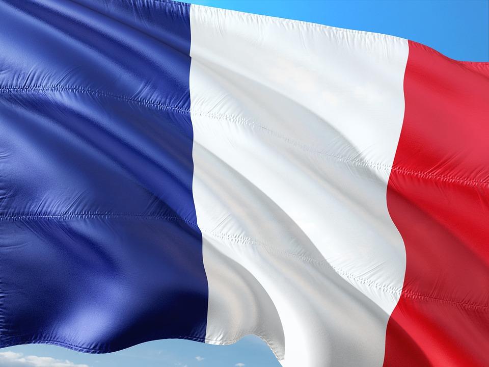 Presidente Macron de Francia busca impulsar la soberanía digital europea.
