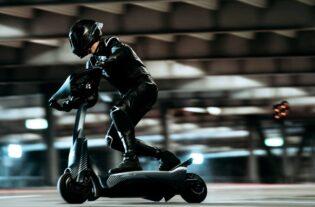 La scooter eSkootr SK1 es la máquina más rápida en su estilo