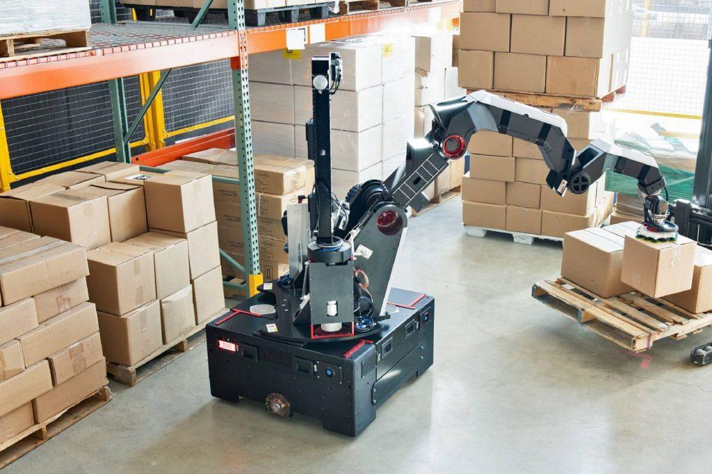 Stretch Boston Dynamics-min Tesla robot