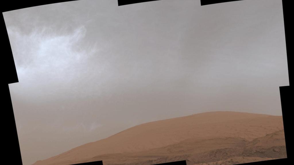 imágenes de nubes en Marte tomadas por el rover Curiosity.