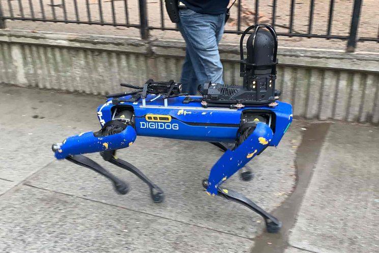 regresa el Robodog de Boston Dynamics